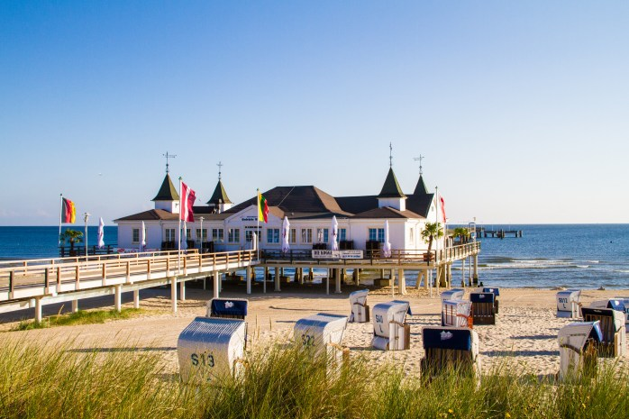 On the oldest pier in Usedom - a Baltic Sea island in Pomerania, Germany! 51 reasons to go to the seaside. In Germany! ©Usedom Tourismus GmbH
