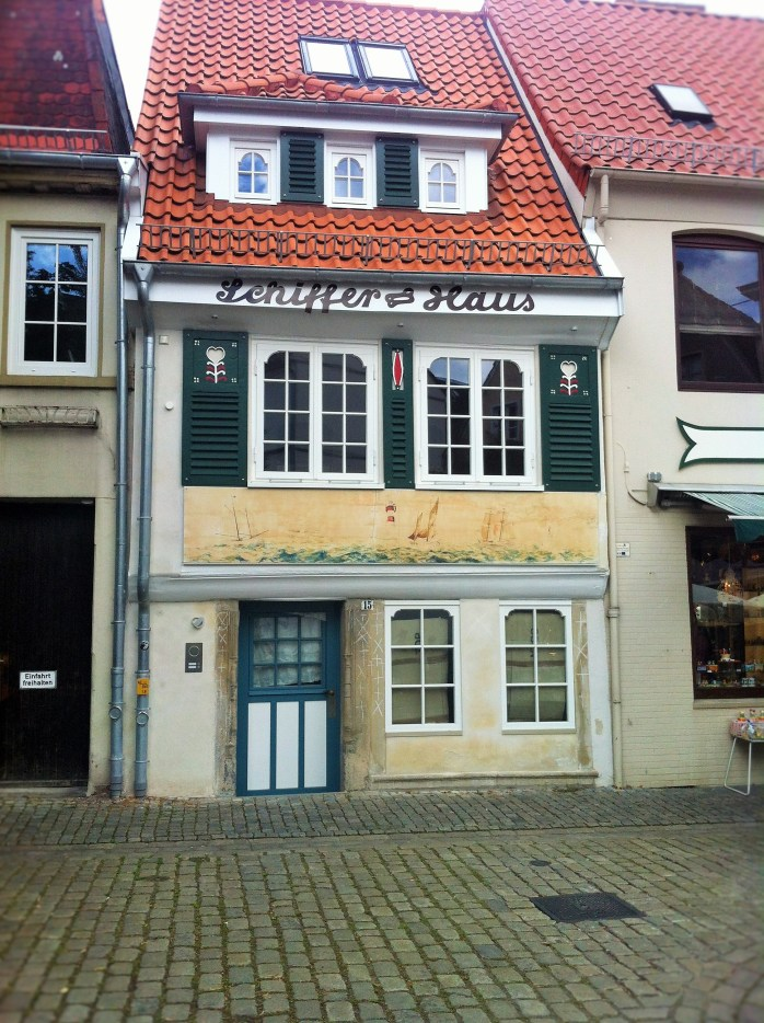One of the oldest houses in Schnoor!