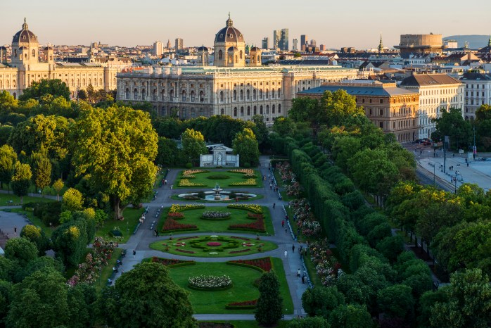 Vienna is a highly creative cultural scene in the Volksgarten, and in all of the city! © WienTourismus / Christian Stemper