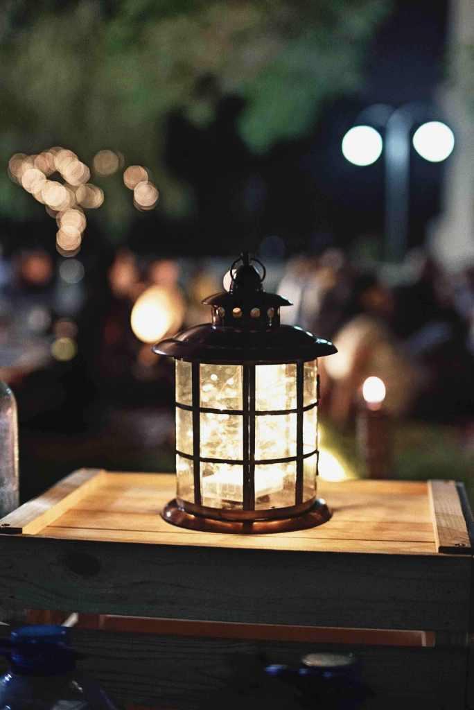 winter; lantern; light; Christmas; Xmas; Christmas light; Xmas light; winter light; festive season; holiday season; Christmas things; Xmas things; festive things; holiday things;