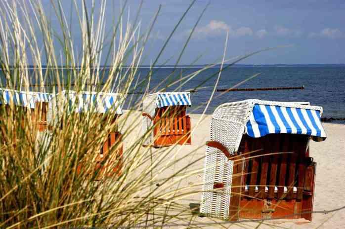 Rügen; Ruegen; Strandkorb; beach basket; strandkurv; beach chair; hooded beach chair; wicker-armchair furniture; wicker furniture; beach furniture; European staycation; staycation; seaside resort; Baltic Sea; Ostsee; German Baltic Sea; Binz; seaside; beach; Rügen beach; Rügen seaside; German beach; German seaside; sea; the sea; water; waterfront; waterside; sand; the Baltic Sea; the German Baltic Sea; North Germany; East Germany; Germany; German; Europe; travel; family travel;
