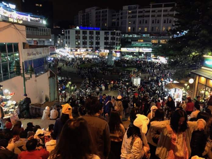 Dalat Market at night
