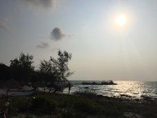 dawn-beach-thebroadlife-travel-kohrong-cambodia
