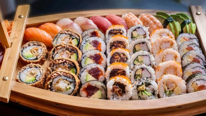 sushi food experience in Japan