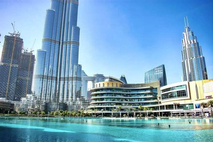 Dubai Mall and Mall of the Emirates