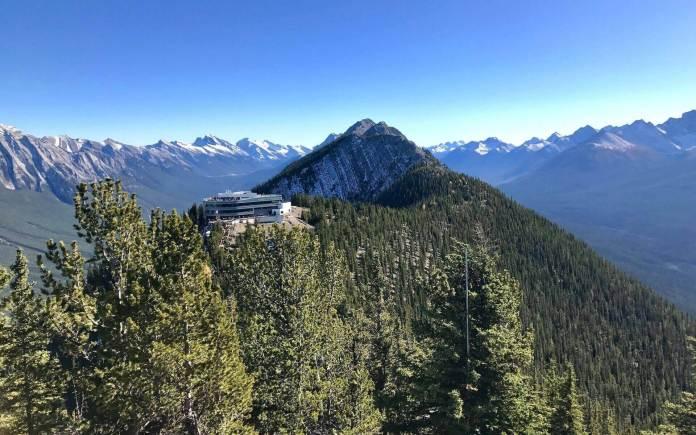 Travel from Toronto to Banff Gondola