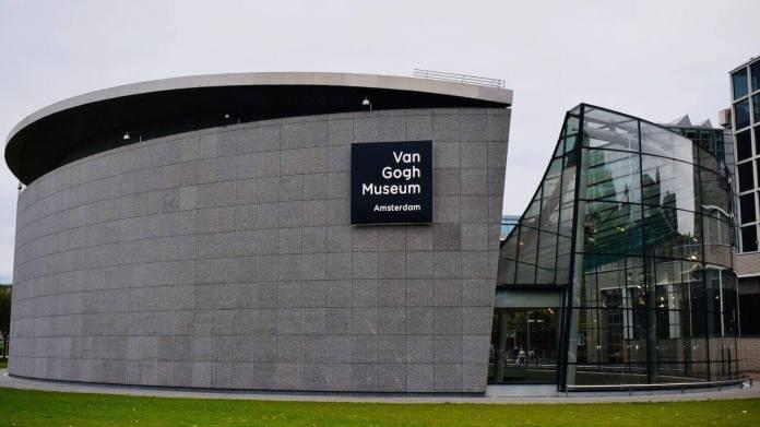Van Gogh Museum in Amsterdam has its online exhibition