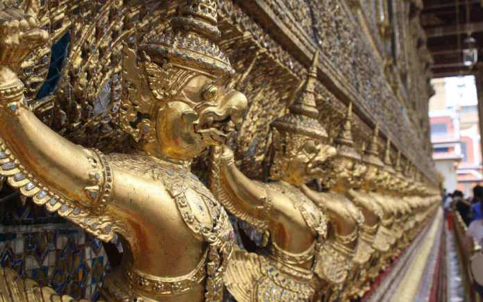 Interesting Thailand facts - The national symbol of Thailand - Garuda is used popularly on religious constructions