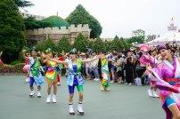 parade-dance-disneyland-tokyo-japan-thebroadlife-travel-wanderlust-asia3