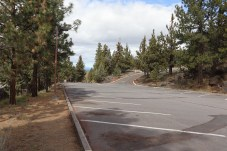 COCC Grandview Hall parking lot is barren during college closure. Photo by Kayla Scott on Wednesday, April 15.
