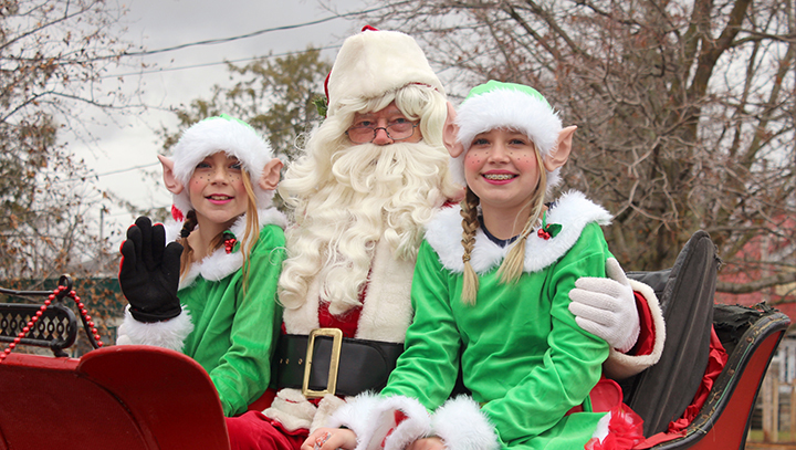 Three Brock Township parades planned in honour of Santa Claus