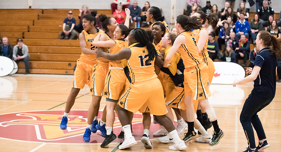 Cannington teen wins national hoops title with Humber Hawks