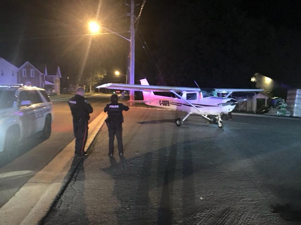 Pilot forced to make emergency landing on Highway 12 in Sunderland
