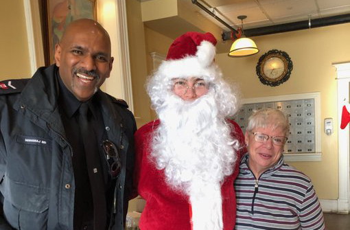 DRPS officers help spread holiday cheer to seniors in Brock Township
