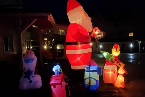Lagoon City resident ordered to remove Christmas display or face a bill