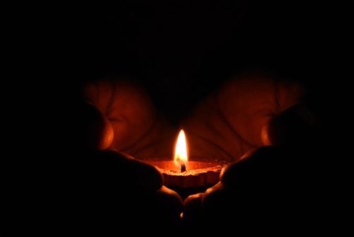 Candlelight vigil planned for victims of collision