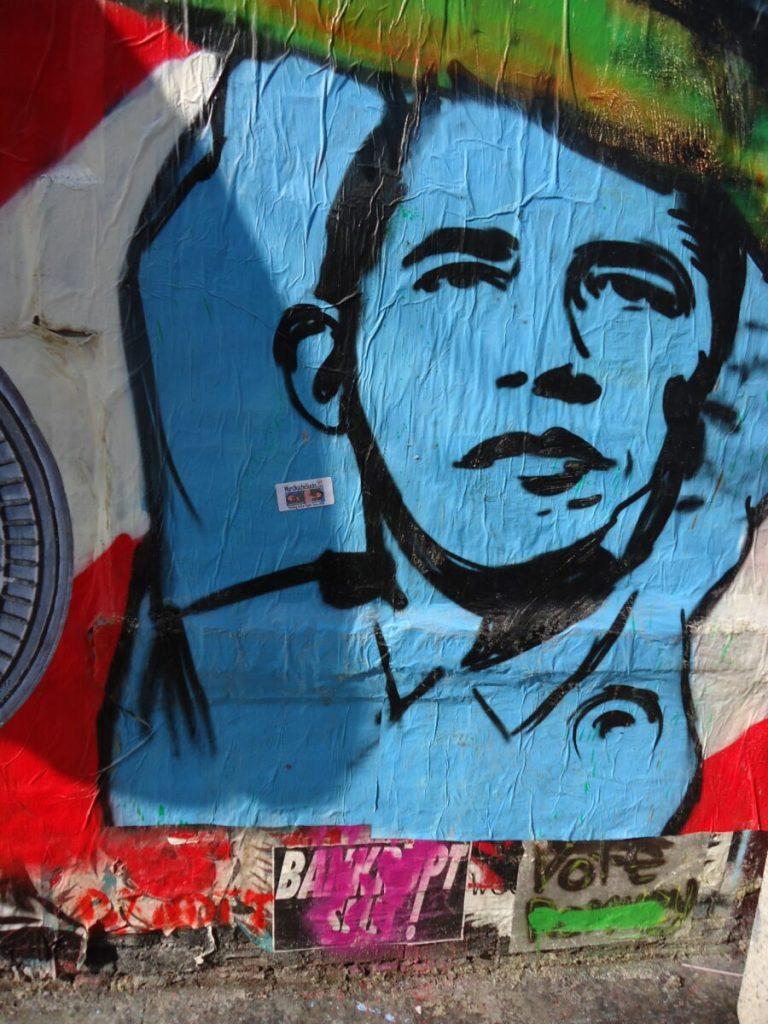 blue and red wall graffiti