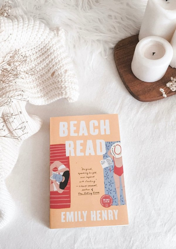 Beach Read by Emily Henry / the one that disappointed