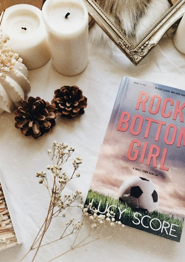 Rock Bottom Girl by Lucy Score / one of my all time favorite rom-com novels