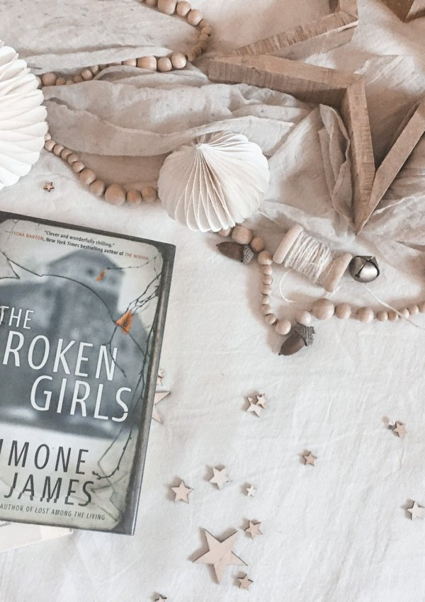AUDIOBOOK REVIEW: The Broken Girls by Simone St James / spooky, atmospheric and absolutely gripping