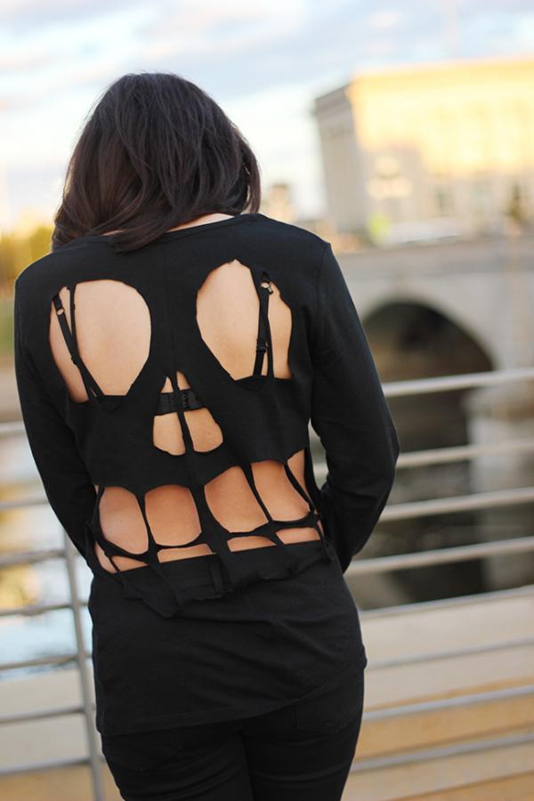 The Brunette One DIY Skull Shirt