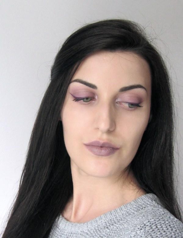 Kiko 524 Taupe Lipstick Look 8