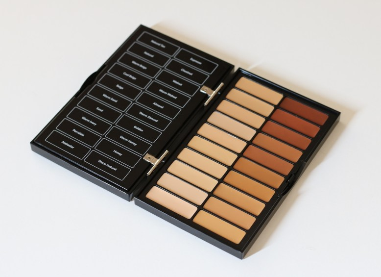 Bobbi Brown Universal Palette 3