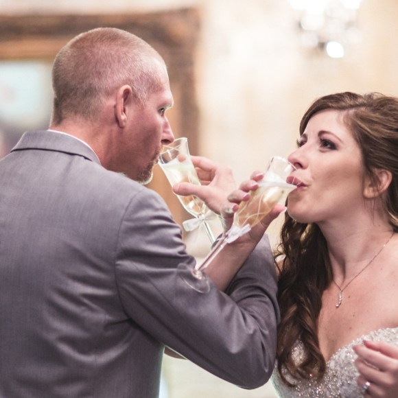 #WeddingWednesday: Tips on Saving Money