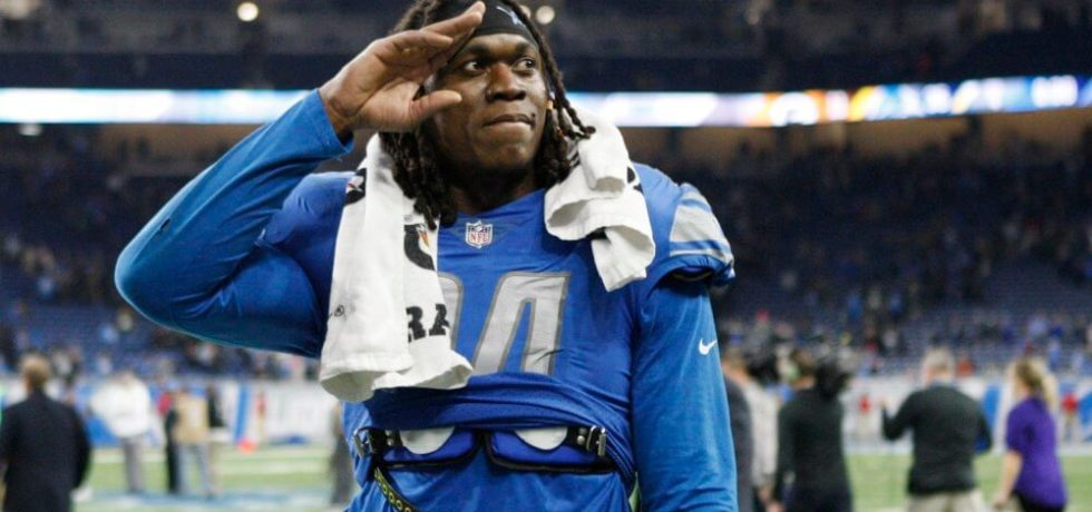 Buffalo Bills sign Ziggy Ansah