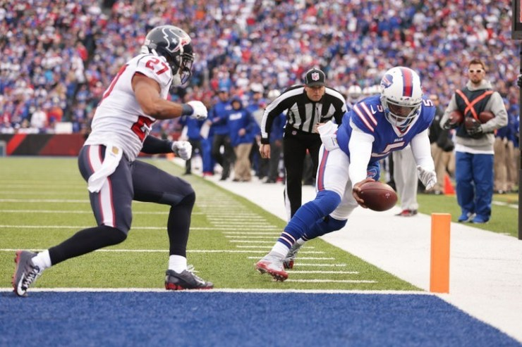 This image has an empty alt attribute; its file name is tyrod-vs-texas.jpg