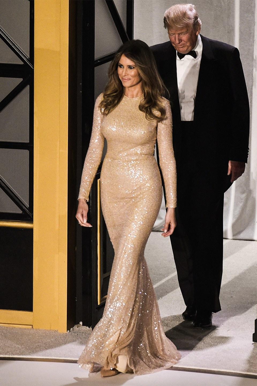t-melania-trump-golden-dress
