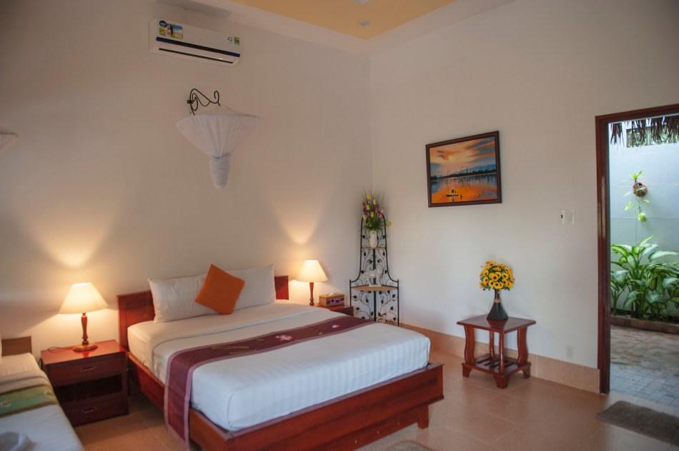 Mango Room 2