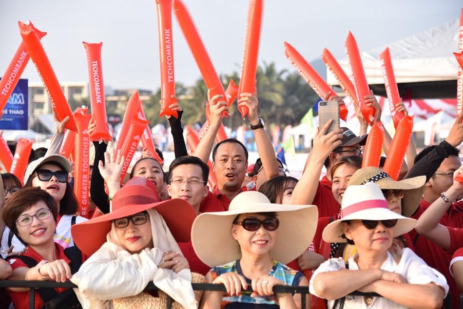 Supporters IRONMAN 703 Vietnam