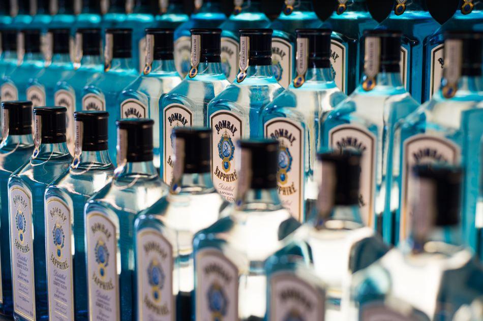 annie-spratt-188303-unsplash-gin