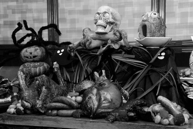 01. Halloween_1_Windsor_BW