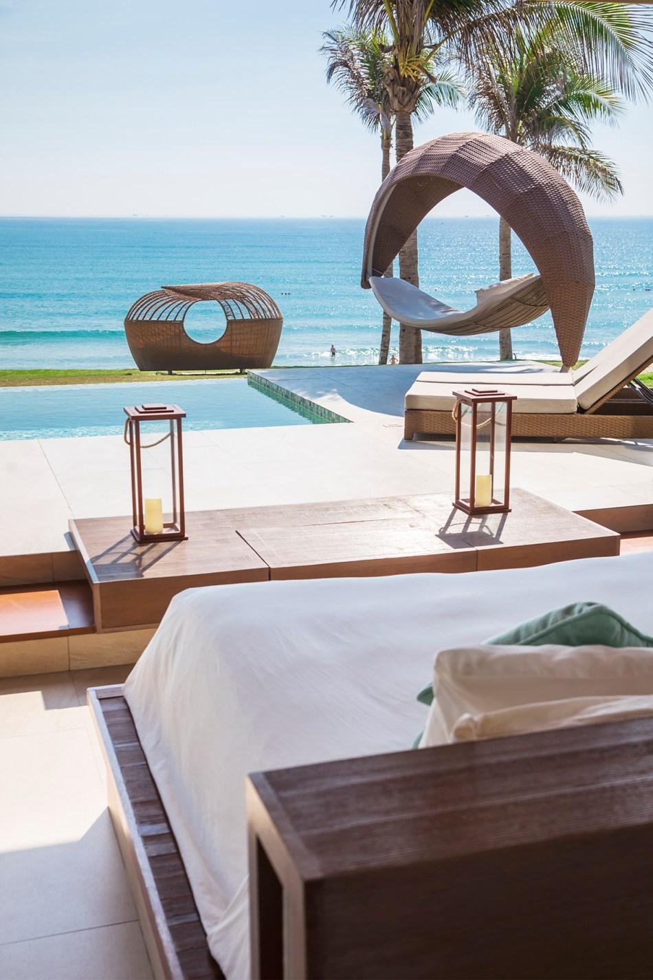 Fusion-Resort-Cam-Ranh-Ocean-pool-villa-7156p