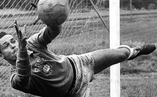 Brazil soccer legend Gylmar dos Santos Neves has died at age 87. (Photo Credit: bdnews24.com)