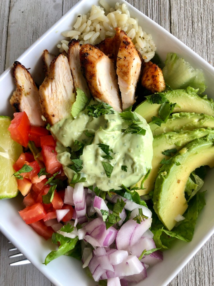 Grilled Chicken salad with Avocado Cream Sauce