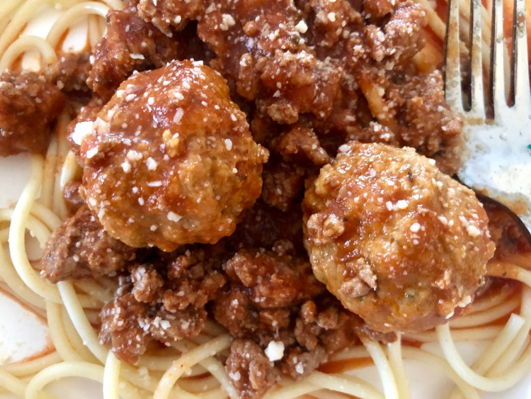 homemade spaghetti sauce with meatballs