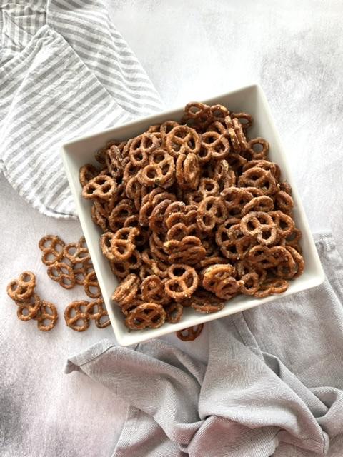 bowl of butter ranch pretzels