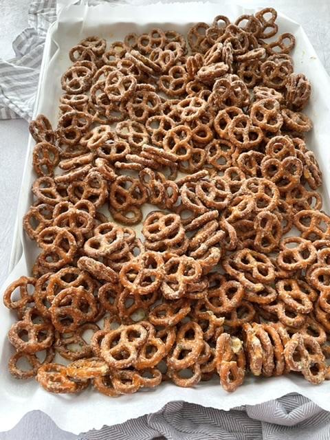 baked butter ranch pretzels