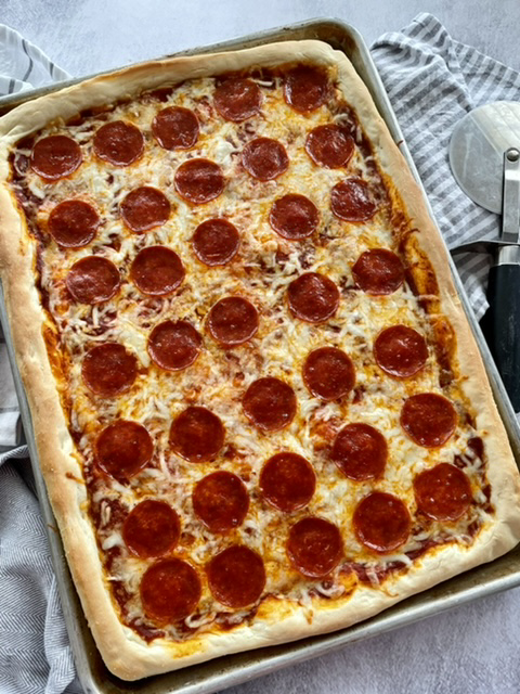 Sheet Pan Pizza | The Butcher's WIfe