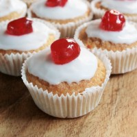 Cherry Bakewell Fairy Cakes