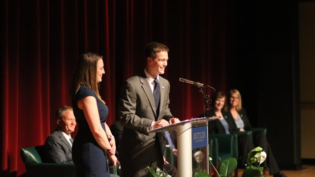 Photo by Jimmy Lafakis Seniors Jenny Hinz and Chad Pingel talked about Lacy's impact on them.