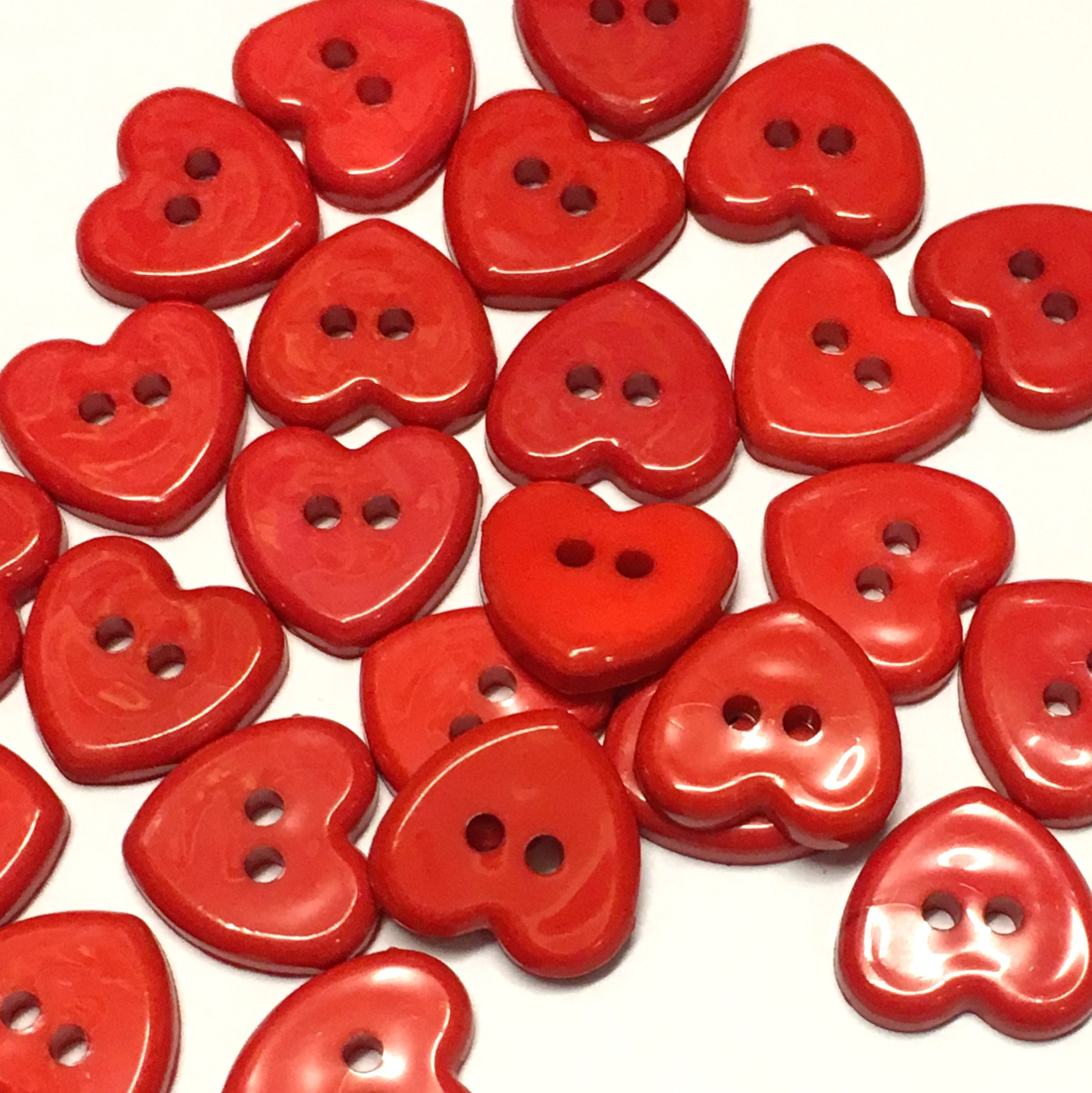 14mm red heart buttons, pack of 10 - The Button Shed