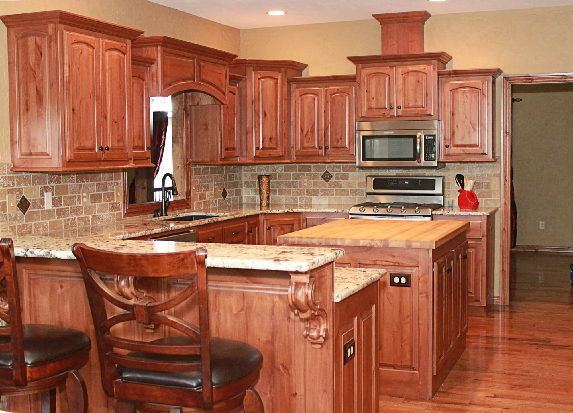 Best Kitchen Gallery: The Cabi S Plus Knotty Alder Kitchen Cabi S of Knotty Kitchen Cabinets on cal-ite.com