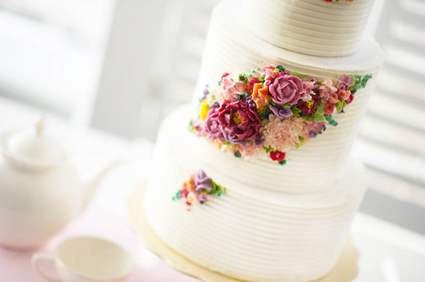 2015 Wedding Cake Trends   Butttercream Flowers 2015 Wedding Cake Trends   including this modern buttercream flower cake by  Erica OBrien Cake Design