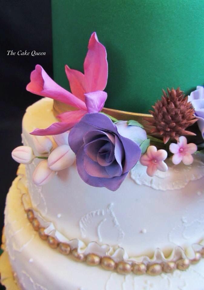 Mi tarta para Expotarta 2014, me encanta hacer flores en pasta de azúcar