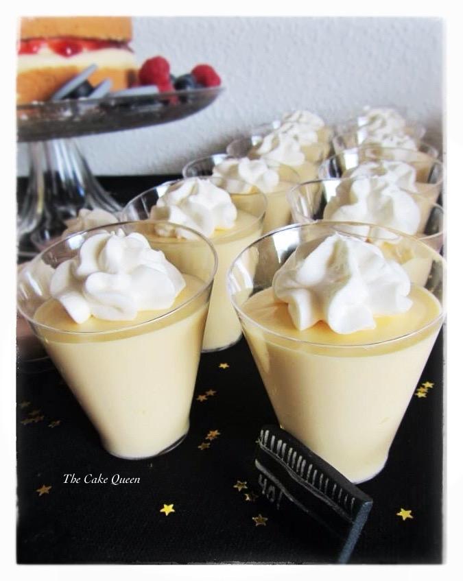 Mousse de maracuyá, vasitos que formaban parte de la mesa dulce de NACHO