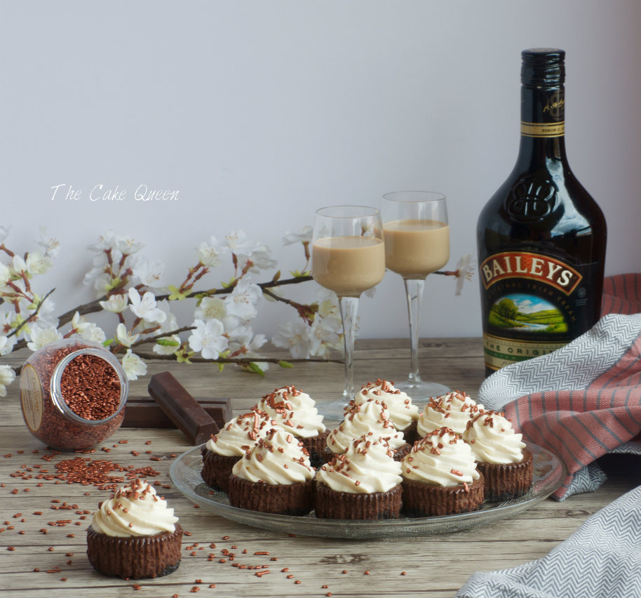 Mini cheesecakes de chocolate y baileys
